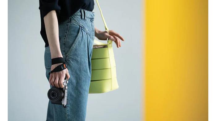 輕巧輕量設計,可長時間攜帶並自在拍攝